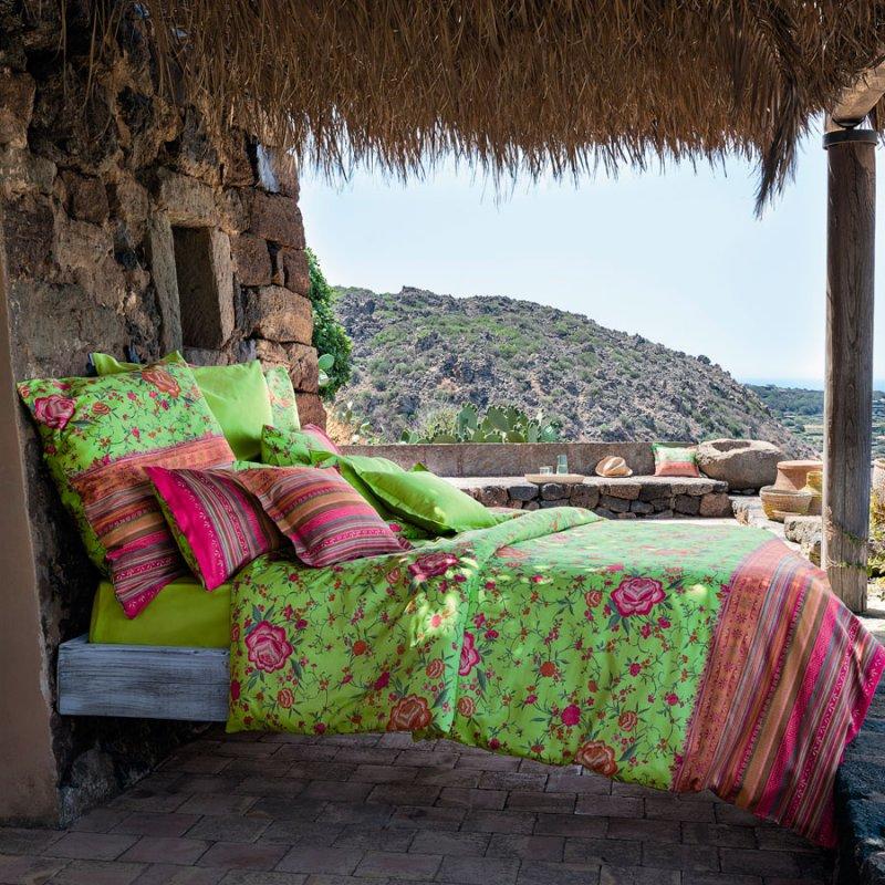 bassetti bettw sche mako satin porticciolo gr n mit pink. Black Bedroom Furniture Sets. Home Design Ideas